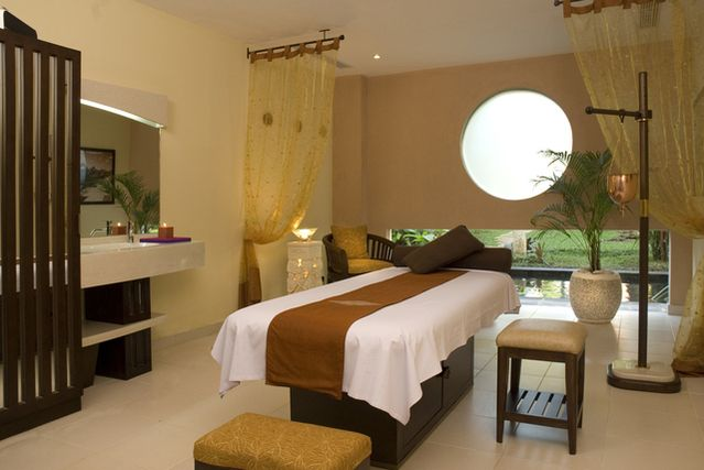 Ayodya Spa belongs to Mandara Spa Group and located in Ayodya, a beachfront…