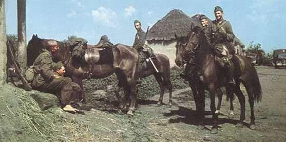 Stukas Over Stalingrad: Hungarian Hussars
