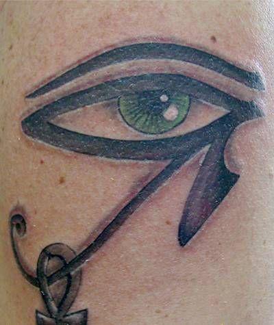 Tatuaggio occhio di Horus e chiave della vita