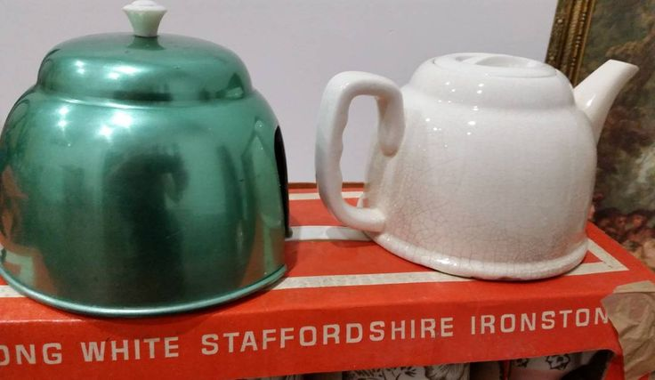 """""""Still for sale is this teapot Price reduced from $15 to $10+p  #anodised #teapot ##vintagedecor #vintagehome #midcentury #collectables #collection #kitsch…"""""""