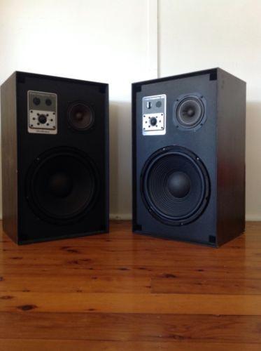 Vintage-Ultra-Linear-Studio-Comparitor-210-Speakers