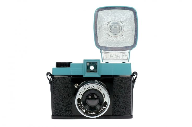 A new twist on the cult classic 60's Diana camera, the Diana F+ produces dreamy, radiant, lo-fi images on 120 film. The same look, the same quality – But the modified version also allows you to take pinhole photos and is compatible with an entire line of Diana F+ accessories. The Diana F+ package includes the plug-it-in-and-fire-away Diana+ Flash and comes with a set of color gel filters for colorsplashing your shots!Photos, 120Mm Film, Diana Cameras, Formations Cameras, Summer Fun, Lomo Diana, Products, Photography, Lomography Diana