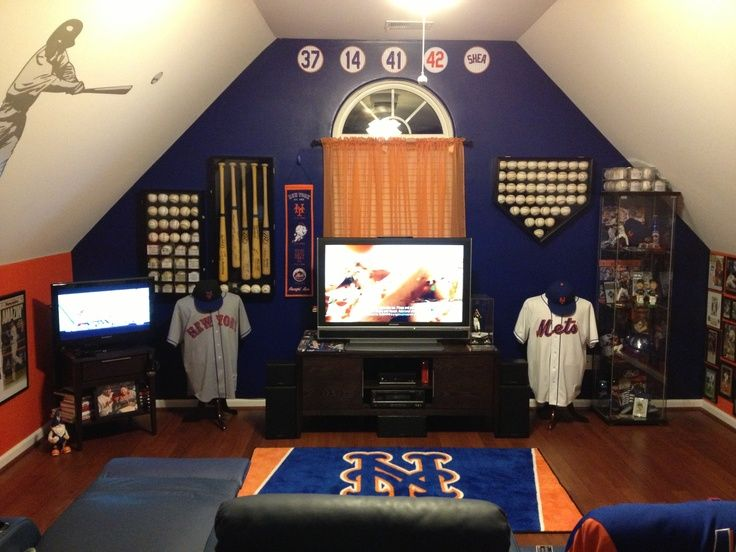 1000 Images About New York Mets Caves And Rooms On