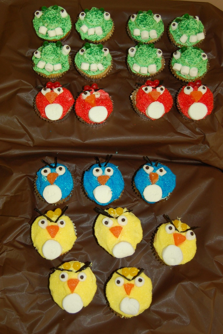 Angry Birds cupcakes for my daughter's 9th birthday (2011). Originally found the idea on:  http://thecraftingchicks.com/2011/03/angry-birds-cupcakes.html