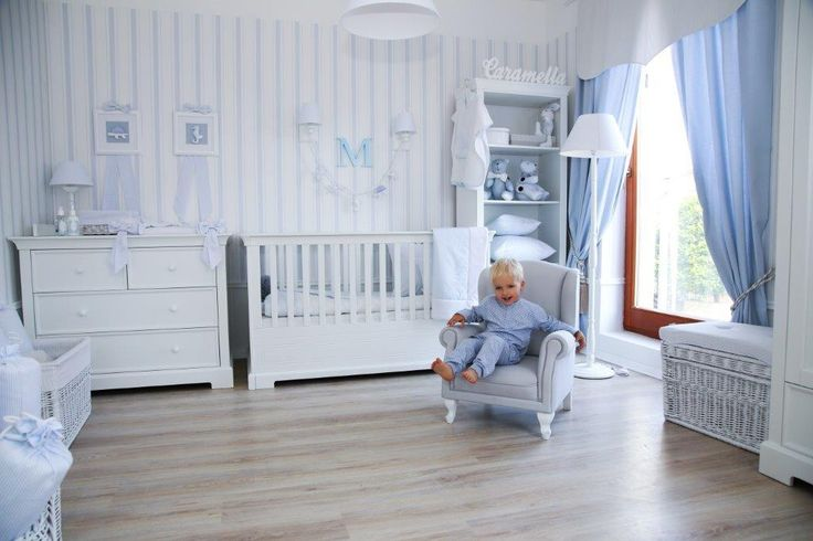 Caramella.pl French line includes furniture for babies and children: two bed sizes, dresser with changing unit, dresser without changing unit, bookcase, two and three-door wardrobe, baby cot 90x200 cm, bedside table, desk, shelf and toy box for special children's treasures ;)