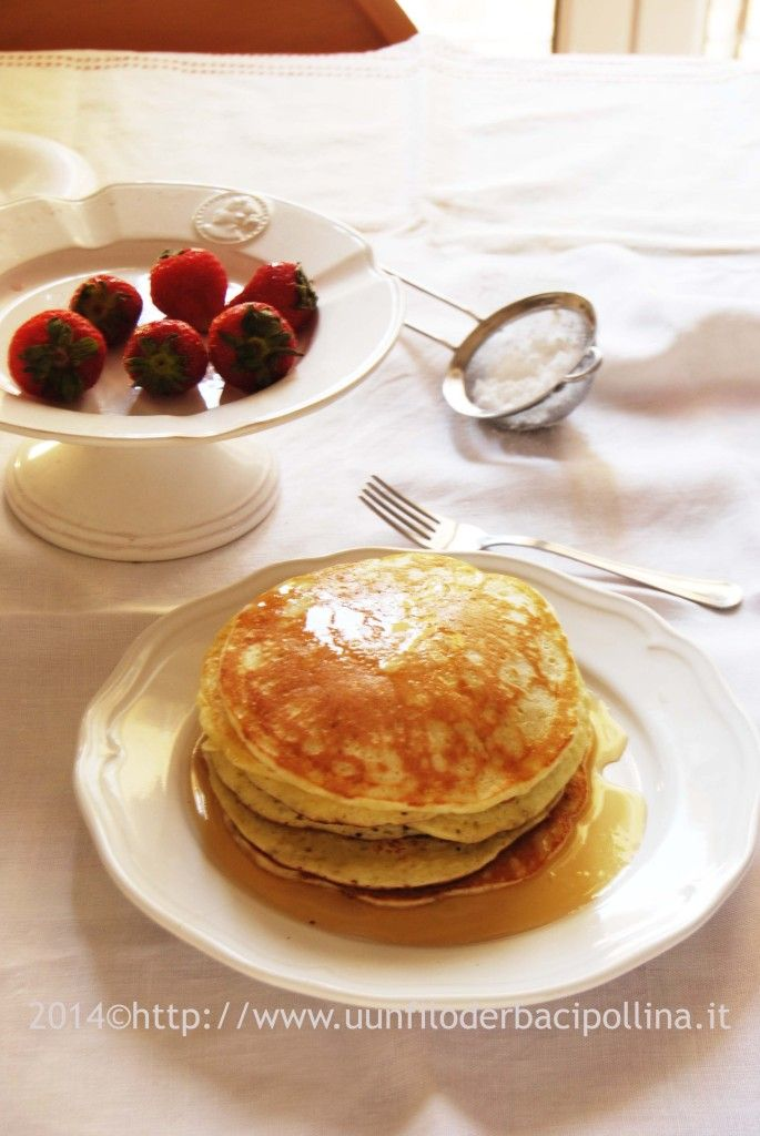 Let's have pancakes for breakfast! Recipe today on the blog
