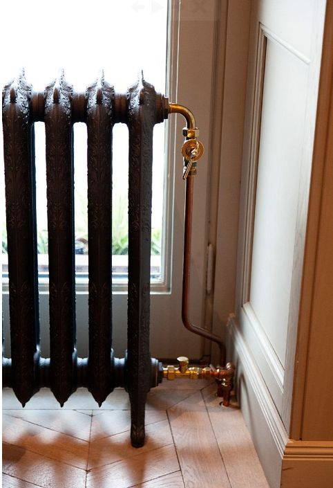 I have radiators just like this in my old house, but they are covered with layers of paint. Sigh...