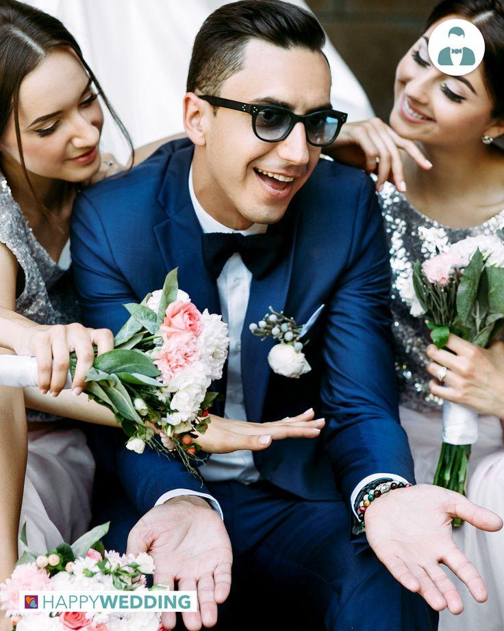 Un abito blu per uno sposo attento alle tendenze e per essere apprezzato dalle damigelle della sposa! https://goo.gl/5na306