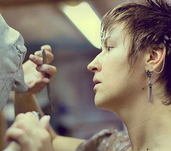 весьма сосредоточенная... моська)))  #AekaDolls #workspace #artist #art #sculpture #GardenSculpture #doll #artstudio #artspace #мастерская #скульптор #художник #лепка #СадоваяСкульптура