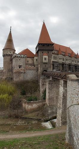 Vajdahunyad castle / Dvorac Vajdahunyad / Castelul Corvineştilor