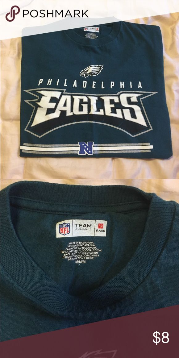 Philadelphia EAGLES T-Shirt Philadelphia EAGLES T-Shirt in great condition. No holes or fading. Lots and lots of wear still left. NFL Shirts Tees - Short Sleeve