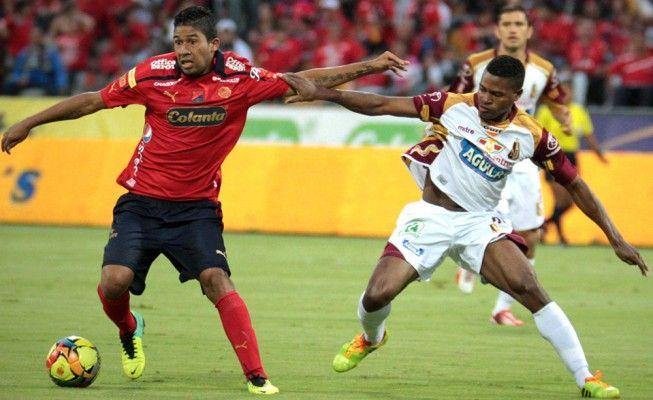 Medellín y Tolima dividieron honores en el Atanasio Girardot | Figura Deportiva -  http://bit.ly/1uanNKg