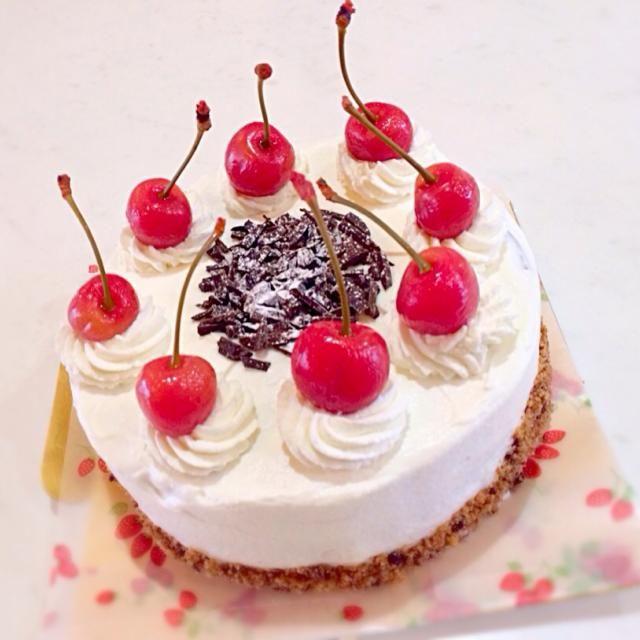 洋菓子教室にて作りました〜 ドイツのシュヴァルツヴァルト地方の針葉樹林帯と特産品のチェリーをイメージして作られたケーキ。 - 33件のもぐもぐ…