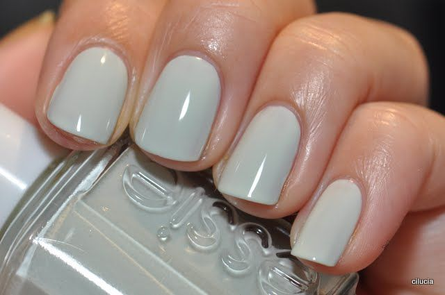 Essie Absolutely Shore...so pretty!: Colors Tones, Nails Colors, Spring Nails, Essieabsolut Shore, Best Nails, Hair Nails Makeup, Nails Ideas, Nails Polish, Essie Absolutely Shore