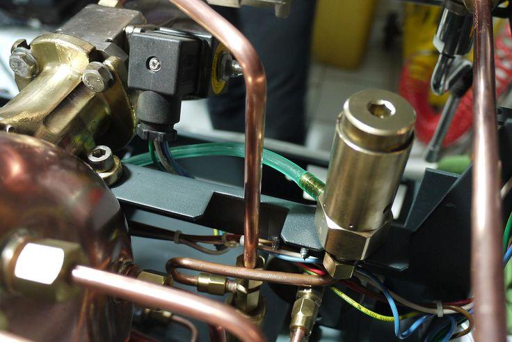 Ανακατασκευή espresso machine Reneka Cafina
