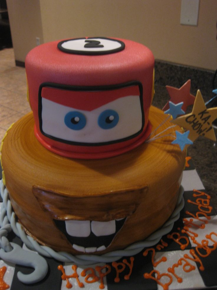 lightning mcqueen cake lightning mcqueen tow mater fusion cake cars 5536