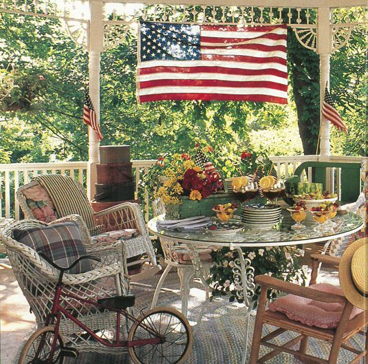 Country Front Porch Ideas: Vintage Country Living: An Octagonal Porch