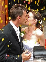 Claire Forlani, Dougray Scott Get Married http://www.people.com/people/article/0,,20041915,00.html