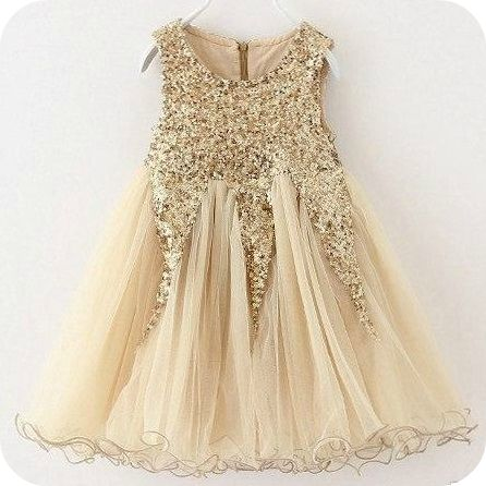 This fancy gold sparkle dress is perfect for those special occasions. She will love the sparkle and fancy look of this dress. (* princess dress - sequin dress - Easter dress - toddler girl dress - fancy - photo shoot - tea party)