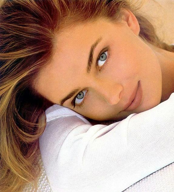 Paulina Porizkova was my favorite model. Great shot of her.