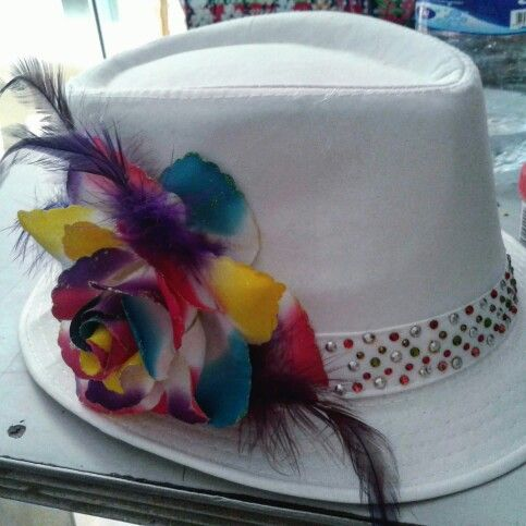 Sombreros decorados