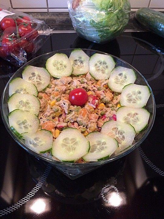9 besten thunfisch salat bilder auf pinterest salate thunfischsalat rezept und gesunde rezepte. Black Bedroom Furniture Sets. Home Design Ideas