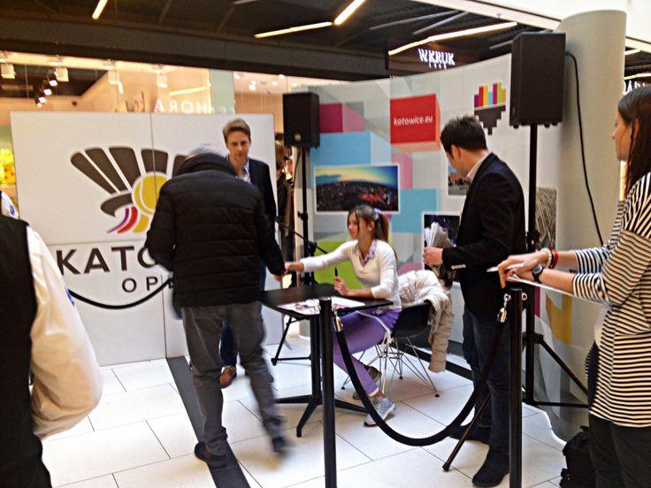 Camila Giorgi na sesji autografów w Galerii Katowickiej :) #wta #katowiceopen