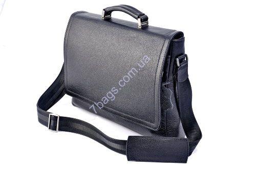 Классический мужской портфель из матовой телячьей кожи Классический мужской портфель из матовой телячьей кожи. Легкая и жесткая конструкция. Элегантная простая модель из телячьей кожи с ручкой и ремнем.