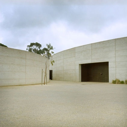 Port Phillip Estate winery, hotel and restaurant 263 Red Hill Rd., Red Hill South, Mornington Peninsula, about 89 kilometers from Melbourne The dramatic rammed-earth building, designed by Wood Marsh Architecture, is home to a restaurant, Cellar Door, and luxury accommodations.