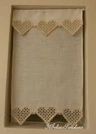 Risultati immagini per tende lino e uncinetto per cucina | oordine ...