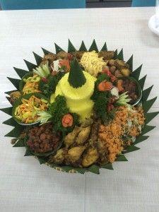 Madriga Catering 08119888854: Pesan Nasi Tumpeng di bekasi barat