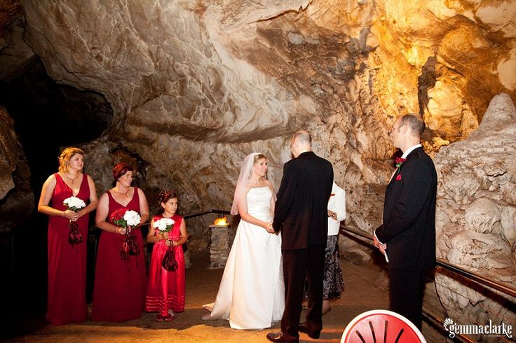 Janelle and Mark's Destination Wedding – Jenolan Caves