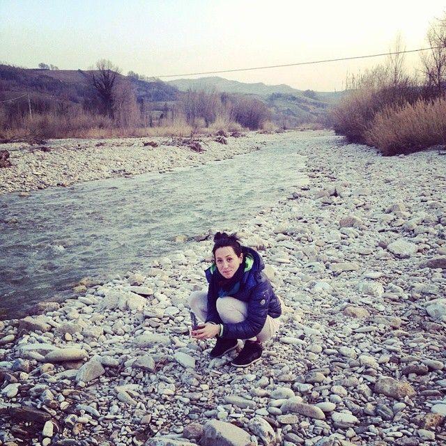 Uno smigol.... #smigol #mostro #me #io #fiume #river #sassi #paradiso #relax #happy #happiness #solobellefacce #chefaccia #stupid #idiot #craxy #smile #beautiful #paesaggi #calma #tranquillità