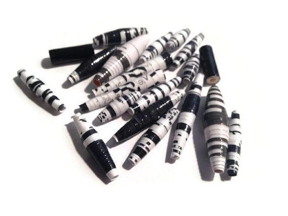 Papier perles Set de 20 noir et blanc perles à par PurpleSmoothie