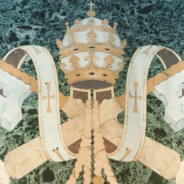 """Weiter geht's in die Sixtinische Kapelle: """"Was für ein unglaublich schöner Mosaic-Boden in der Sixtinischen Kapelle."""""""