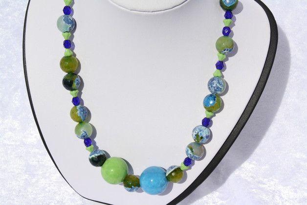#Schmuck #Halsschmuck #Kette #Achat  #Keramik #grün #blau Hier aus meiner Ketten-Edition ein zauberhaftes Unikat in grün und blau. Ich habe blau-grüne Achat Perlen mit anderen grünen...
