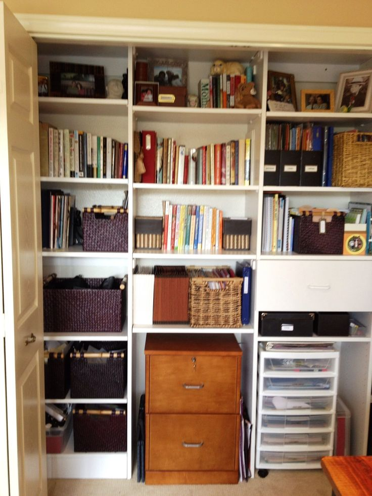 Organized home office closet.  GREAT blog to follow! This is a fantastic idea; even if I only did half of my closet like this