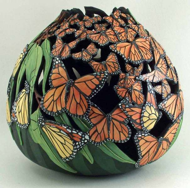 Migrating Monarchs.....By Phyllis Sickles This is a carved gourd but it so could be done in polymer.....hummm