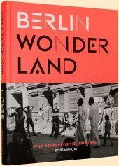 Kurz nach der Wende blühte in Berlin-Mitte die Subkultur. Dieser Bildband lässt eine schon fast vergessene Zeit in einmaligen Bildern auferstehen und verdeutlicht, wie sehr sich die Stadt gewandelt hat.