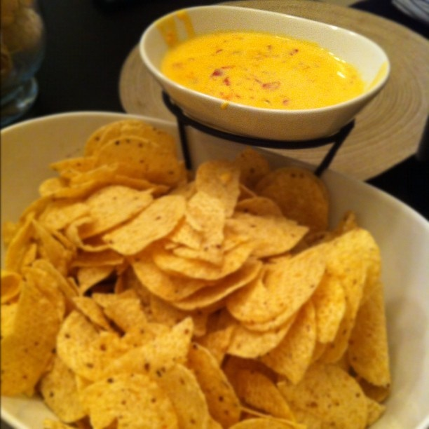 Easy Queso Dip | Dips/Appetizers | Pinterest