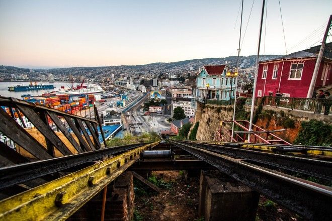 Valparaíso funicular lift