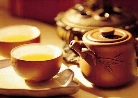 Kick start your Monday with a warm cup of Saffron Tea and make the most of its amazing health benefits. Read all of them here: http://www.saffroind.com/recipe/health/saffronhealthbenefits/ #mondays #Monday #mondayblues #mondaymorning #tea #saffrontea #startoftheweek #freshmorning #healthtips #healthy #diet #healthbenefits #healthychoices #healthybreakfast #healthytea #besttip #morningtip #blog #healthblog #saffron #kesar