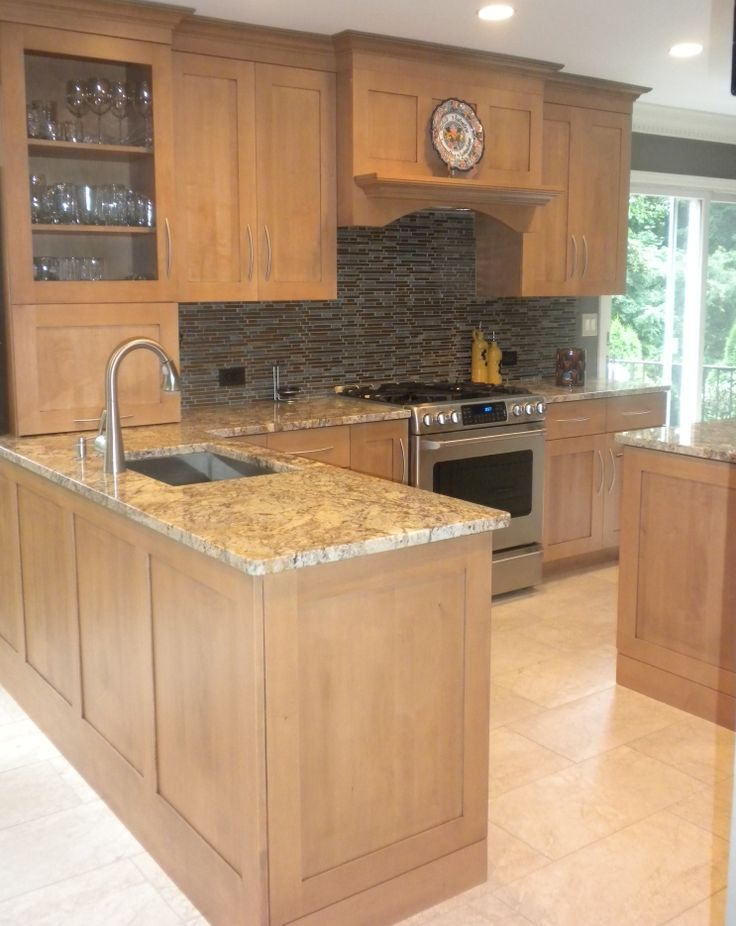 Majestic Kitchens Bath Designer Roberto Leira Cabico Cabinetry 635 K Wide Rail Shaker Style