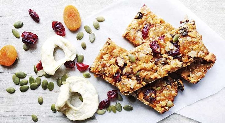 My kids love store bought muesli bars, but it has to be said, they're an expensive lunch box addition when you have three kids at school five days a week.