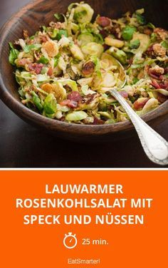Lauwarmer Rosenkohlsalat mit Speck und Nüssen | http://eatsmarter.de/rezepte/lauwarmer-rosenkohlsalat-mit-speck-und-nussen