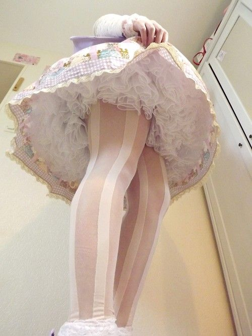[ • sweet lolita - petticoat detail • ]: