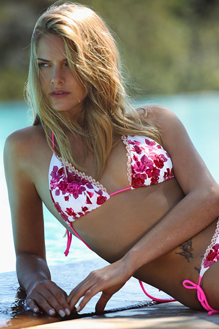 BELLE Red Flowers   #swimpinksands #pinksands #flowers #red #beauty #collection #summer2014 #cool #new #campaign #belle   www.swimpinksands.com