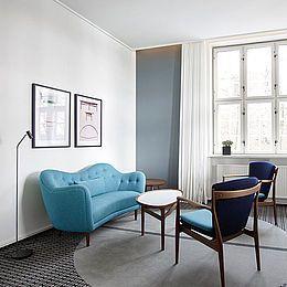 Hotel Koldingfjord: Gardiner til Finn Juhl suite og Wegner suite.