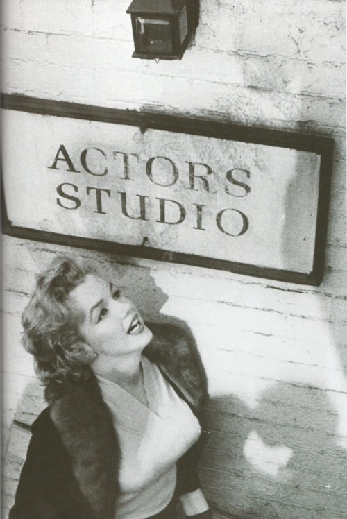 Marilyn arriving at Lee Strasburg's Actors Studio, New York City, 1955