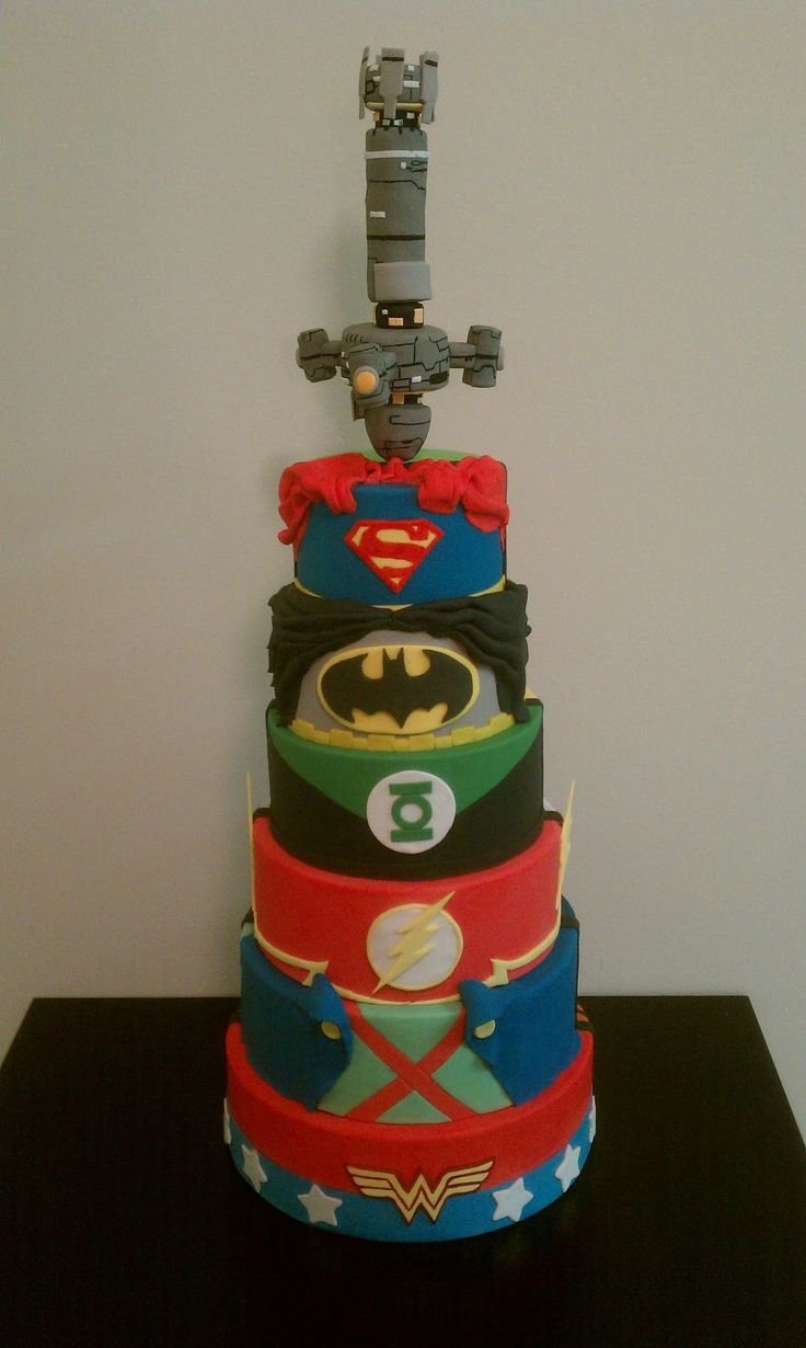 Shimmering Sugar Cakery: Justice League Cake
